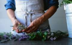 Flower Workshop: Arranging with Spring Herbs